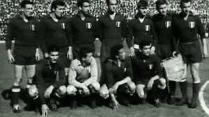 La Fiorentina scudettata di Bernardini al Santiago Bernabeu quel giorno schierava Giuliano Sarti, Ardico Magnini, Alberto Orzan,