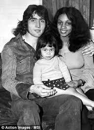 Robin Friday e la prima moglie, Maxine
