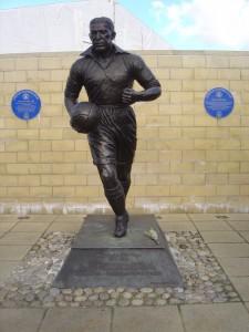 La statua di Dixie Dean